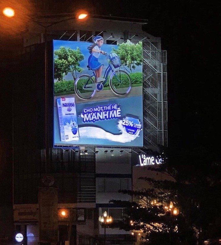 Billboard 10 Nguyễn Văn Trỗi