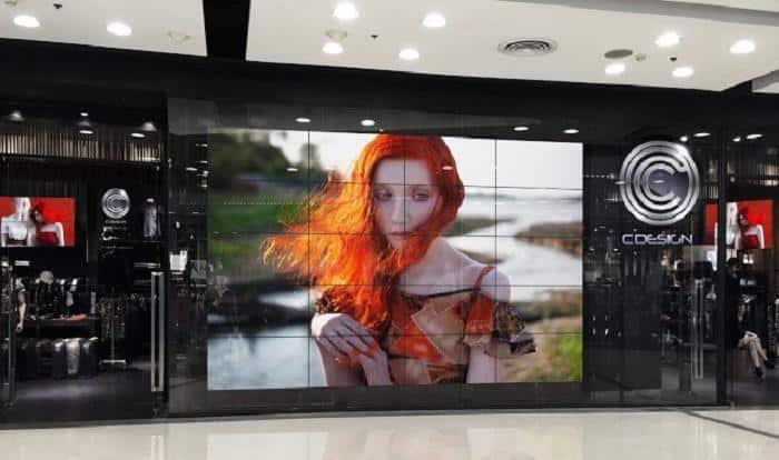 Quảng cáo màn hình ghép tại rạp chiếu phim