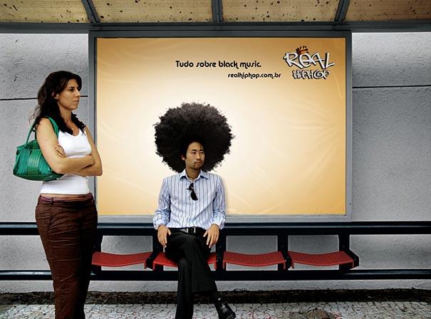Quảng cáo trên vách tựa nhà chờ xe buýt