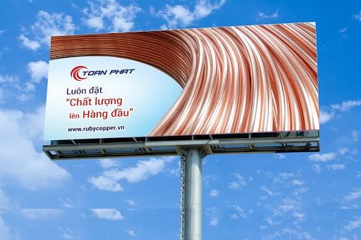 cách chọn vị trí thuê biển quảng cáo ngoài trời tấm lớn