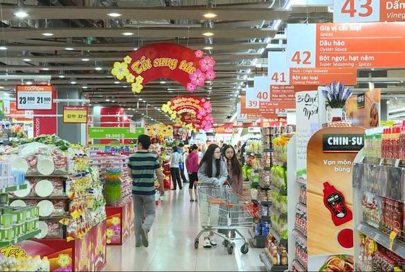 quảng cáo tại siêu thị và chợ truyền thống